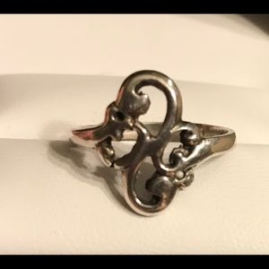 Sterling Silver Ring Size 7.5 Ring